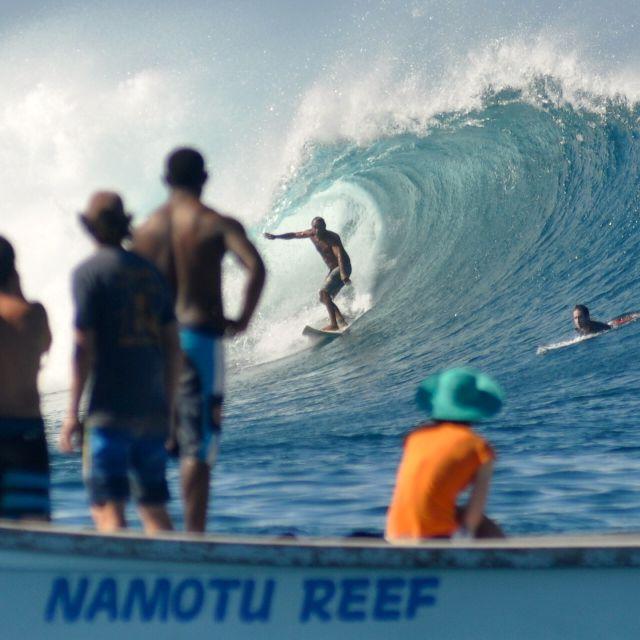 surfing fiji with lsland spirit