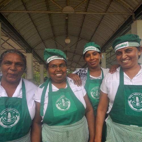 street-bites-sri-lanka-traditional-foods-island-spirit6