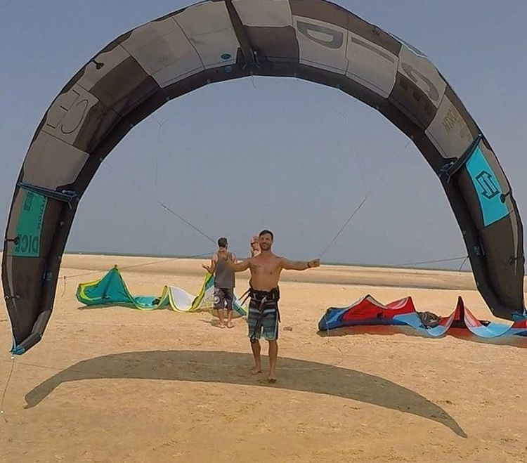 kitesurfing sri lanka island spirit