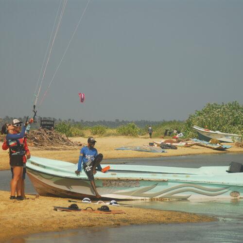 Kitesurfing Kalpitiya Sri Lanka