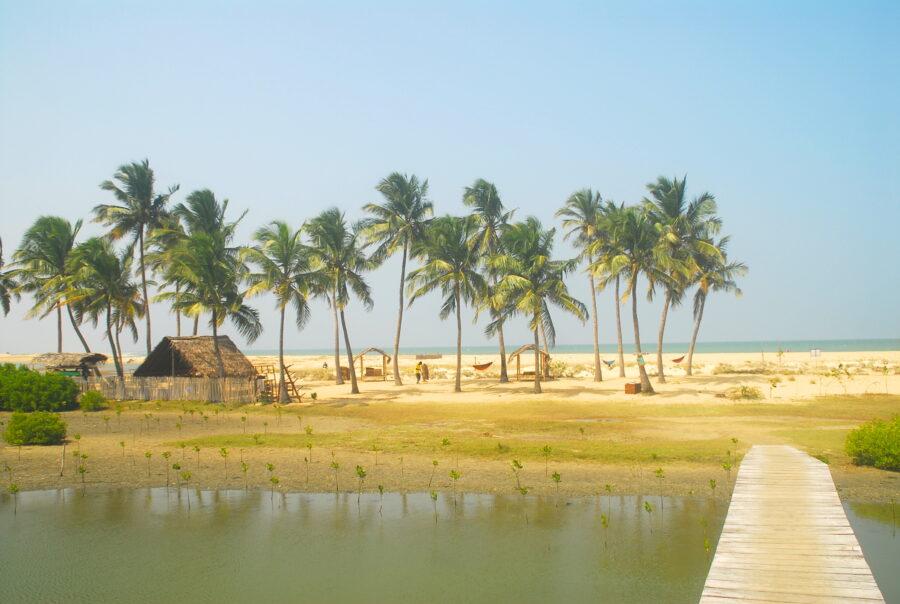 Beach Kitesurflanka kitesurfing Kalpitiya Sri Lanka.32